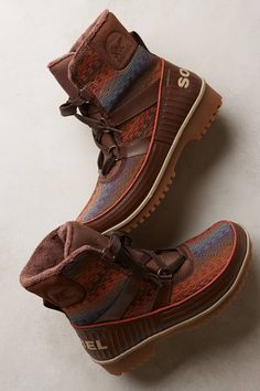 SOREL Tivoli II Blanket Boots <3 NOTE: These boots are selling out everywhere so get them while you can!