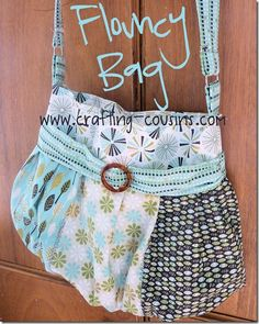Crafty Cousins' Flouncy Bag ~~ Tutorial.  Use this tutorial to make your bag any size.  The basic technique for making a bag - adjust to your size and style.