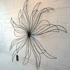 Discover thousands of images about Sunburst, metal garden wall art.so pretty! Metal Garden Wall Art, Wire Wall Art, Metal Yard Art, Garden Art, Wire Art Sculpture, Wall Sculptures, Wire Crafts, Metal Crafts, Wire Flowers