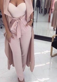 outfit pants Curtain Call Light Pink Gathered Fold High Waist Tie Belt Pants - Sold Out Glamouröse Outfits, Dinner Outfits, Cute Casual Outfits, Stylish Outfits, Fall Outfits, Dinner Outfit Classy, Classy Sexy Outfits, Elegantes Outfit Frau, Looks Chic
