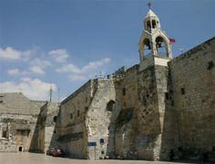 NewEcclesia - Gerusalemme: i pochi biglietti per la Messa del Papa sorteggiati con la tombola, molti i cristiani delusi