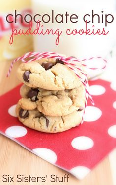 Chocolate Chip Pudding Cookies Recipe - the softest, easiest chocolate chip cookies!