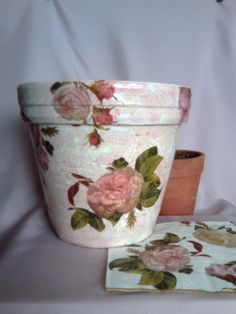 Decoupage  http://pinterest.com/cindihinshaw/49-creative-decoupage-mod-podge-and-shabby-chic-an/