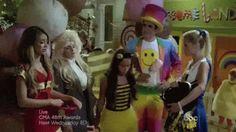 Haley Dunphy- Shake it Off