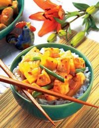 Easy, delicious and healthy Pineapple Chicken Stir-Fry recipe from SparkRecipes. See our top-rated recipes for Pineapple Chicken Stir-Fry. Pineapple Chicken Stir Fry, Canned Pineapple, Stir Fry Recipes, Cooking Recipes, Healthy Cooking, Healthy Recipes, Ginger Chicken, Food Dishes, Main Dishes
