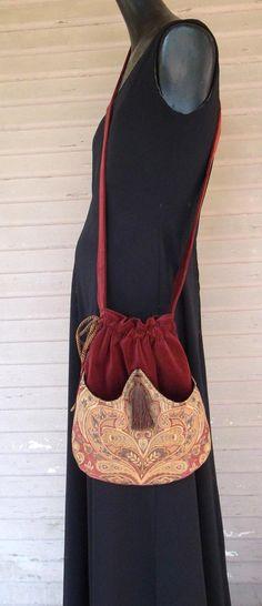 Rust Velvet Pocket Bag Boho Bag Tapestry by piperscrossing Tapestry Bag, Diy Handbag, Boho Bags, String Bag, Cotton Velvet, Little Bag, Beautiful Bags, Satin Fabric, Black Velvet