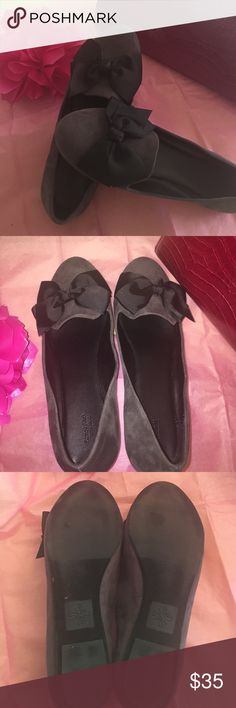 ⬇️Vera Wang Chic suede gray flats Get It Now!!  Vera Wang suede flats with bows.  A very cute and comfortable flat.    Adorable little shoe that would perk up any outfit!   Worn indoors only once, unfortunately they're too big for me.  I'm an 8 and I thought I could make them work for me. 😄 Vera Wang Shoes Flats & Loafers