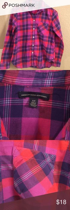 American Eagle flannel shirts Like new flannel shirt great for Winter American Eagle Outfitters Tops Button Down Shirts