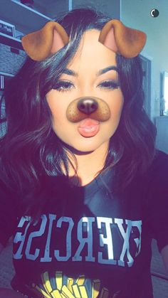 becky g room Snapchat Selfies, Snapchat Picture, Instagram And Snapchat, Becky G, Skin Makeup, Beauty Makeup, Hair Beauty, Beautiful Girl Makeup, Cute Girl Poses