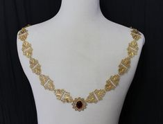 You asked, we heard and answered! A Collar of Office with more metal, less pearl :-) Chains of Office for all the Kings, Lords, Dukes, Earls and