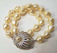 Vintage Faux Pearl Rhinestone Clasp Bracelet by GretelsTreasures