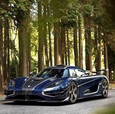Koenigsegg 1:one Blue Carbon