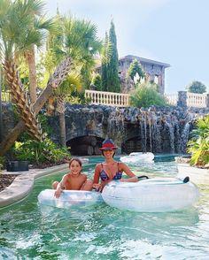 Colecionando momentos  Demais essa piscina daqui com correnteza e cachoeiras @fsorlando Kimkim não quer sair daqui!  #inlove #havingfun #summerdays #familyvacation