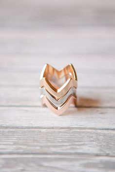 Neutral Chevron Rings