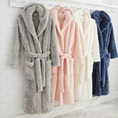 Stay snug and warm in our supersoft Cozy Sherpa Robe. With two front pockets for convenient storing and two different sizes, this robe will be your new favorite wrap to relax in. Fuzzy Robe, Bleach Tie Dye, Family Picture Outfits, Cute Pajamas, Pyjamas, Things To Buy, Nightwear, Lounge Wear, Fashion Dresses