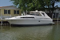 1997 Bayliner 3485 Avanti Express Power Boat For Sale - Call Paul at (419) 797-4775