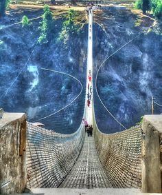 30 Amazing Places on Earth You Need To Visit Part 2 - Kusma Gyadi Bridge, Nepal