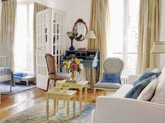 Jurnal de design interior - Amenajări interioare : Clasic și feminin într-un apartament de două camere