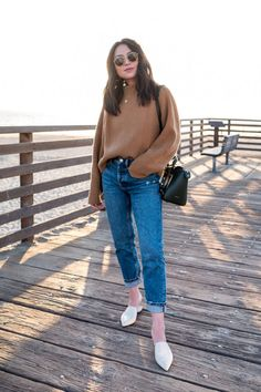Central Coast - The Fancy Pants Report Warm Outfits, Stylish Outfits, Winter Outfits, Cute Outfits, Fashion Outfits, Winter Clothes, Sweaters And Jeans, Outfit Goals, Outfit Ideas