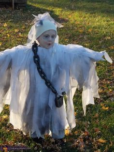 Jennifer: My 4 year old son said he wanted to be a ghost for Halloween and it is not my style to simply cut 2 holes in a sheet and call...