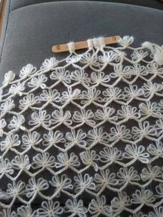 """c6eaae56e4d3863758b5273426b5ca46.jpg (720×960) [   """"Look at this crochet lace stitch! tutorial - broomstick clumps - very pretty"""" ] #<br/> # #Crochet #Lace,<br/> # #Charts,<br/> # #Stitches,<br/> # #Points,<br/> # #Crochet,<br/> # #Tissue<br/>"""
