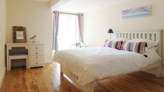 South Sands Hotel, Salcombe, Devon www.goodhotelguide.com/HotelDetails.aspx?id=1317 #devon #seaside #salcombe