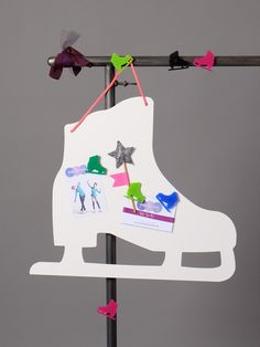 """ Magnetic white skate memo board, sold with two plexi skate magnets ""Armand"" in acidulous colors! Dimension of the skate memo board: x colors: ""girls"" or ""boys"". Leo, Figure Ice Skates, Jolie Photo, Plexus Products, Magnets, Colors, Boys, Accessories, Skating"
