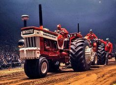 Discussion topic in the forums at Yesterday's Tractors. White Tractor, Truck And Tractor Pull, New Tractor, Tractor Pulling, Vintage Tractors, Old Tractors, Antique Tractors, Minneapolis Moline, Tractor Pictures