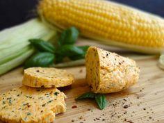 Rezept für Kräuterbutter - so einfach geht das? Kraut, Vegetables, Food, Simple, Ideas, Meal, Essen, Vegetable Recipes, Hoods