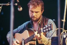 The legend of John Martyn, born in south London on 11 September continues to grow. We remember the singer-songwriter and equally innovative guitarist. John Martyn, 11. September, South London, Vintage Music, We Remember, Crazy People, Classic Rock, Rock N Roll, Famous People