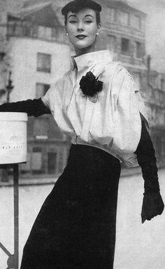 Balenciaga's balloon jacket, 1953
