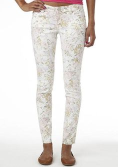 Olivia White Floral Jegging - View All Clearance - Clearance - dELiA*s
