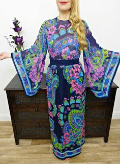 VINTAGE 70s UNIQUE NAVY RETRO PRINT KIMONO SLEEVE MAXI DRESS BOHO JESSA 12 14 £72.00 (17B)