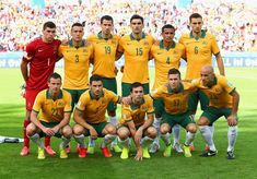 Netherlands Tops Australia 3-2 In Unexpectedly Wild World Cup Clash - PORTO ALEGRE, BRAZIL - JUNE 18: Australia players pose for a team photo before the 2014 FIFA World Cup Brazil Group B match between Australia and Netherlands at Estadio Beira-Rio on June 18, 2014 in Porto Alegre, Brazil. (Photo by Jeff Gross/Getty Images)
