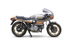 The Ducati 900 S2 was released in 1982 as a direct replacement for the Ducati 900 SS, this was to be a difficult assignment for the new S2 as many consider the 900 SS to be one of the finest L-twins ever built by Ducati, which meant the S2 had a tough act to follow....