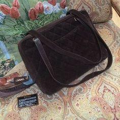 CHANEL Handbags - Gorgeous suede Chanel shoulder bag♦️FINAL PRICE♦️
