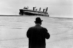 Josef Koudelka ::  Nord Pas-de-Calais, Calais, France, 1973 [from Exils, 1997] / more [+] by this photographer