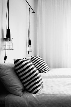 Whether you're placing them in the living room, bedroom, kitchen, hallway or anywhere else in your home, wall lamps always provide beneficial results for your interior décor needs. Here are a few tips on how you can use these lamps to make your home. Home Decor Bedroom, Modern Bedroom, Bedroom Furniture, Master Bedroom, Bedroom Lamps, Bedroom Ideas, Bedroom Chandeliers, Bedroom Wall, Wall Lamps