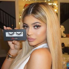 Kylie Jenner in Miami Lilly Lashes I Lilly Lashes, they're the bomb.com