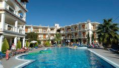 Hotel Plaza Pallas i Grækenland. Se mere på www.bravotours.dk @Bravo Tours #BravoTours #Travel