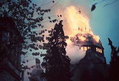 Synagogue en feu à Bielefeld, lors de la Nuit de cristal, (9 au 10 novembre 1938)