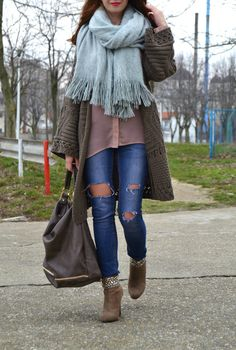 midi cardigan, big scarf, chiffon shirt, ripped jeans, suede ankle boots, alinasays
