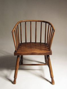 LOW-BACK WINDSOR CHAIR