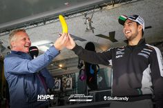 """Perez:""""Wow, it really is big and yellow!"""""""