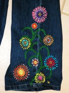 FLOWER POWER Hippie Style blue jean crewel embroidery PATTERN