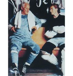 Gordie Howe & Wayne Gretzky Two of the greatest ever to lace them up! Thanks for the memories.