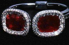 Ruby and diamond bangle,  Duchess Of Windsor Wallis Simpson.....Uploaded By www.1stand2ndtimearound.etsy.com