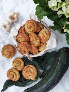 Cuketové slimáky - výborná príloha k polievkam   Mykitchendiary.sk Zucchini, Vegetables, Food, Basket, Essen, Vegetable Recipes, Meals, Yemek, Veggies