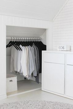 If you are lucky enough to have an attic in your home but haven't used this space for anything more than storage, then it's time to reconsider its use. An attic Attic Master Bedroom, Attic Bedroom Designs, Attic Bedrooms, Attic Bathroom, Bedroom Loft, White Bedroom, Bathroom Green, Attic Closet, Closet Space
