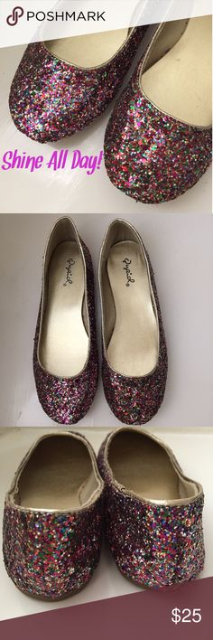 Glitter Flats Multi color glitter flats shoes. Size 5.5. No box. Never worn. Just they were sitting in my closet for a long time. Qupid Shoes Flats & Loafers